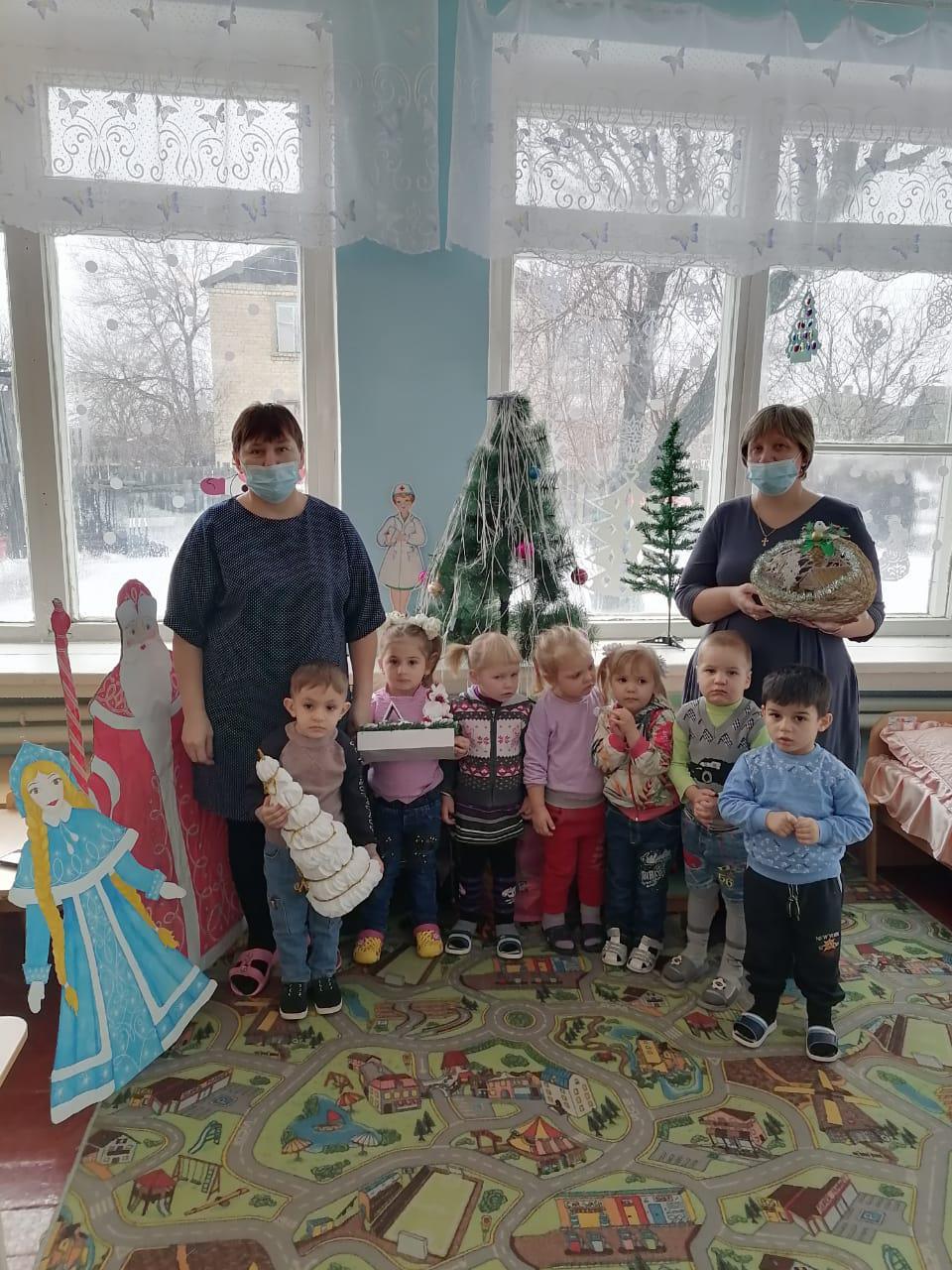 В  Криворожском детском саду попрощались с елочкой