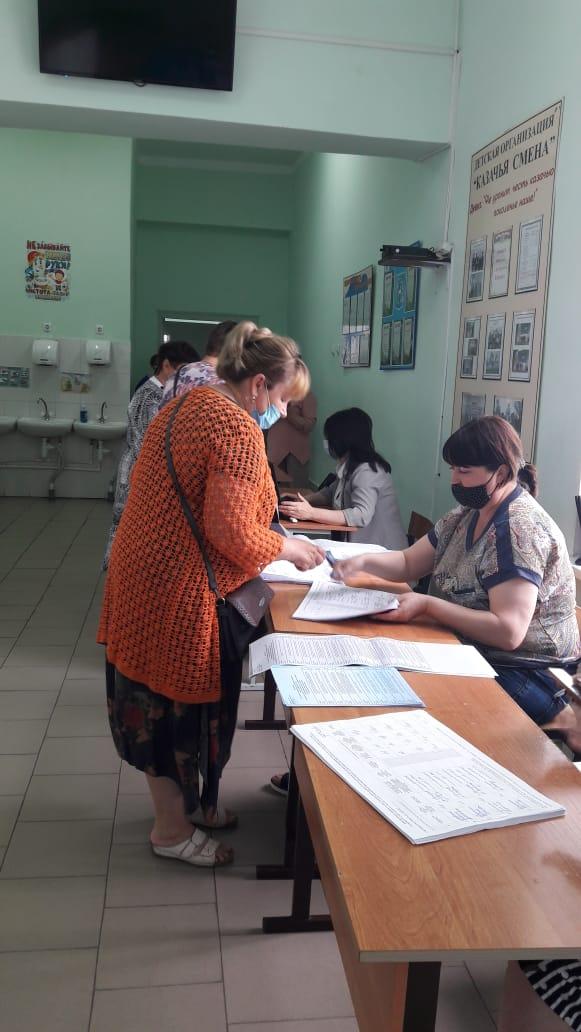 Жители Миллеровского района определяют будущих кандидатов в депутаты Госдумы