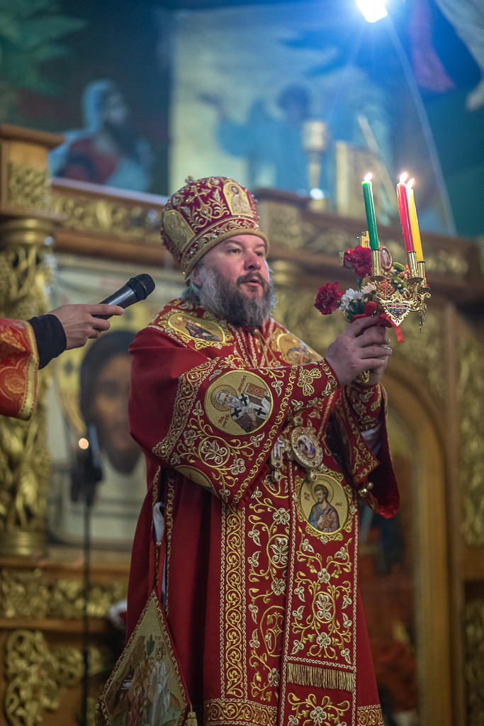 Преосвященнейший епископ Симон поздравил православных верующих Шахтинской епархии с Воскресением Христовым