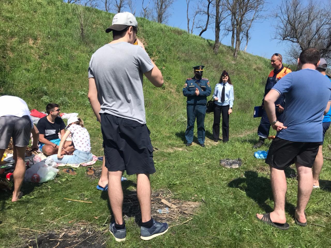 Донское МЧС напомнило о правилах безопасности в майские праздники