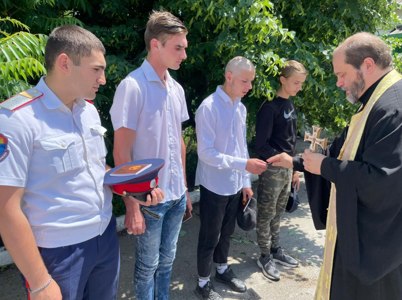 Молодых казаков Миллеровского района проводили на военную службу
