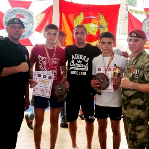 Миллеровская команда успешно выступила в Казанской на чемпионате по полноконтактной боевой системе