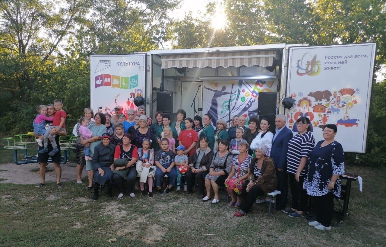 В Треневском сельском поселении прошел концерт «Здесь дом родной, здесь Родина моя!»