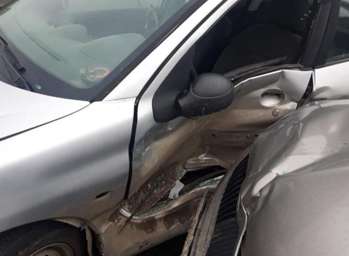 В Ростове в ДТП столкнулись две иномарки